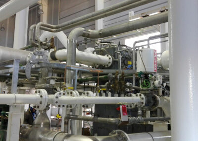 Oxygen generation pipe